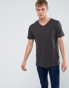 Темно-серая футболка с V-образным вырезом и необработанным краем New Look - Серый