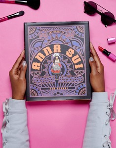 Книга The World of Anna Sui - Мульти Books