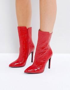 Красные лакированные фактурные ботильоны на каблуке Public Desire Chile - Красный