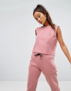 Розовый кроп-топ Reebok Classics - Розовый