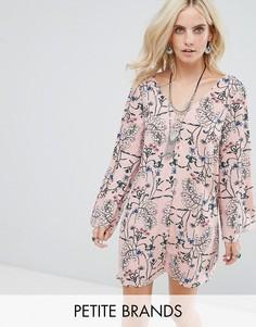 Свободное платье с длинными рукавами Glamorous Petite - Розовый