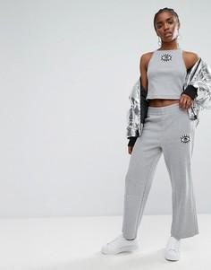 Укороченные брюки с широкими штанинами и отделкой Adidas Originals Co Ord - Кремовый