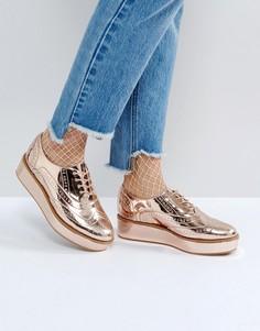 Туфли на платформе со шнуровкой ASOS MACAROON - Золотой