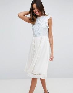 Платье без рукавов с вышивкой ASOS PREMIUM - Белый