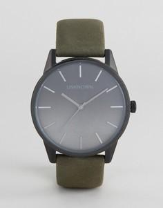 Часы с кожаным ремешком цвета хаки UNKNOWN Urban - Зеленый