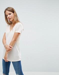 Легкая футболка с V-образным вырезом ASOS - Розовый