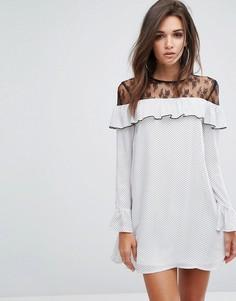 Платье с оборкой и кружевной вставкой Fashion Union - Белый