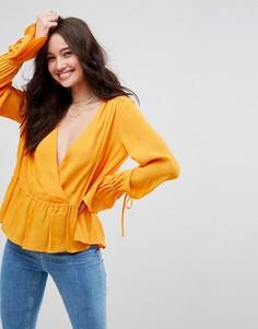 Oversize-блузка асимметричной длины с запахом ASOS - Желтый