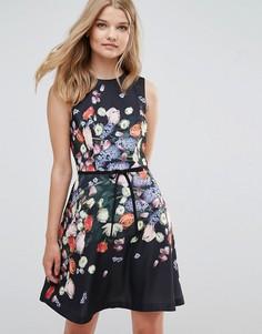 Короткое приталенное платье с цветочным принтом Ted Baker - Мульти