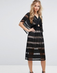 Полупрозрачное кружевное платье с рукавами кимоно Foxiedox - Черный