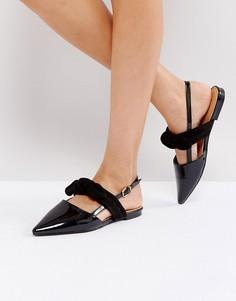 Черные туфли на плоской подошве с перекрестными ремешками RAID - Черный