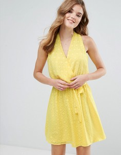 Фактурное платье миди с запахом и поясом Lavand - Желтый