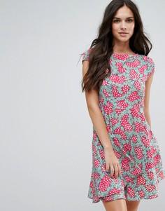Приталенное платье со свободной юбкой и принтом Anmol - Розовый