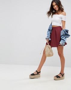 Фактурная мини-юбка со складками ASOS - Красный