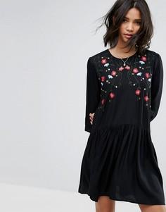 Свободное платье с вышивкой Only - Черный