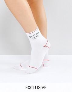 Спортивные носки Monki You Go Girl Sporty - Красный