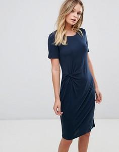 Платье с короткими рукавами и драпировкой Selected - Синий