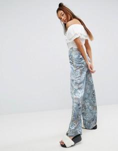 Синие брюки-палаццо с цветочным принтом и окантовкой ASOS - Мульти