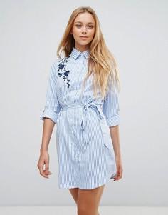 Платье-рубашка с цветочной вышивкой и поясом Parisian - Белый