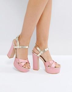 Розовые босоножки на каблуке и платформе с золотистой отделкой Public Desire - Розовый