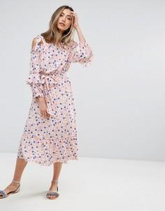 Платье в горошек с открытыми плечами Pearl - Розовый