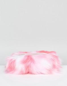 Розовая косметичка из искусственного меха Skinnydip - Розовый