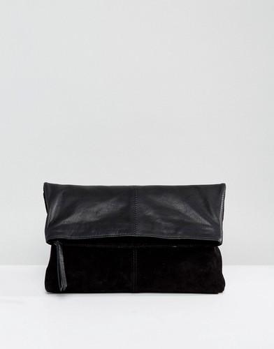 Мягкий кожаный клатч с откидным клапаном ASOS - Черный