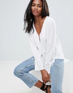 Oversize-блузка асимметричной длины с запахом ASOS - Белый