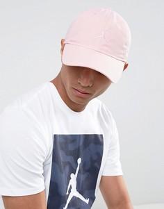 Розовая кепка Nike Jordan 847143-638 - Розовый