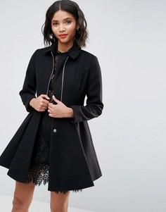Пальто с клешем от талии и молнией спереди ASOS - Черный