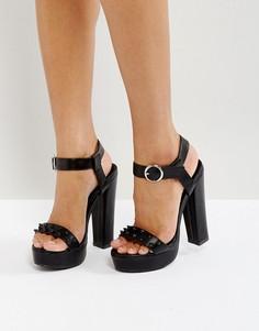 Босоножки на каблуке и платформе с отделкой заклепками Glamorous - Черный