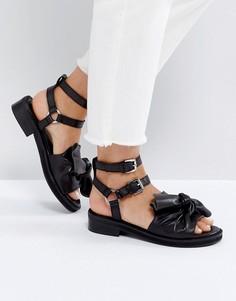 Кожаные сандалии с бантиками ASOS FLUSH Premium - Черный