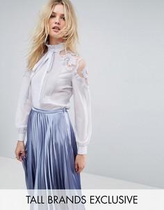 Блузка с кружевной вставкой и бантом-завязкой True Decadence Tall - Серый