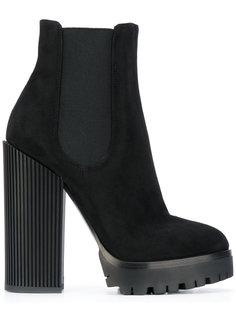 ботинки по щиколотку на массивном каблуке Dolce & Gabbana