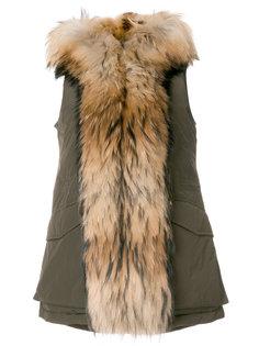 жилет с капюшоном и мехом енота  Woolrich