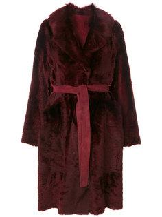 пальто с поясом  Yves Salomon