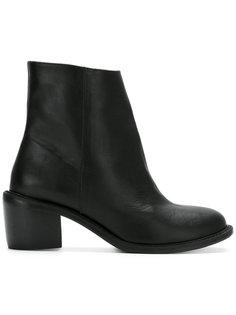leather boots Uma   Raquel Davidowicz