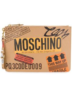 клатч в виде посылки Moschino