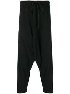 брюки с заниженным шаговым швом Lost & Found Rooms