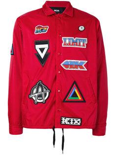 куртка с разными заплатками KTZ