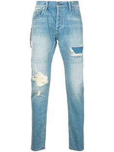 джинсы с потертостями и рваными деталями Mr. Completely