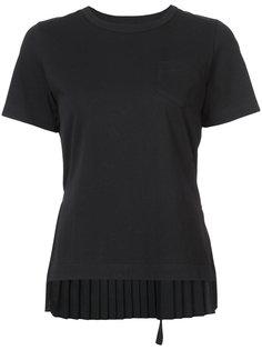 футболка с плиссированной спинкой Sacai