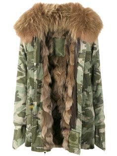 куртка с камуфляжным принтом и оторочкой из меха енота Mr & Mrs Italy