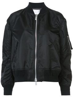 объемная куртка бомбер Sacai