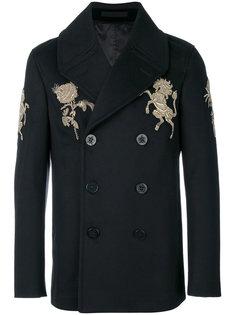 пальто с золотистой вышивкой Alexander McQueen