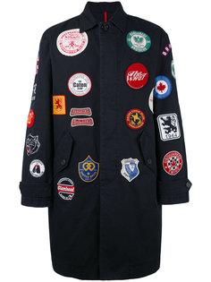 пальто с нашивками Dsquared2