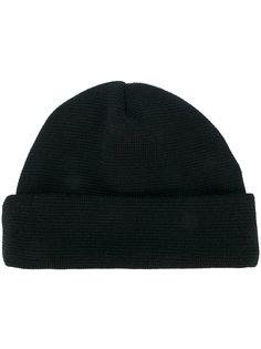 вязанная шапка Études