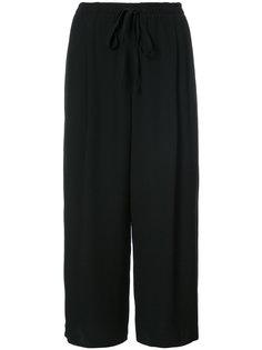 укороченные расклешенные брюки Vince