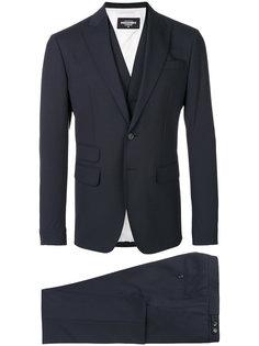 костюм-тройка Dsquared2