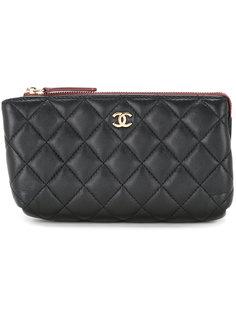 стеганая косметичка на молнии  Chanel Vintage